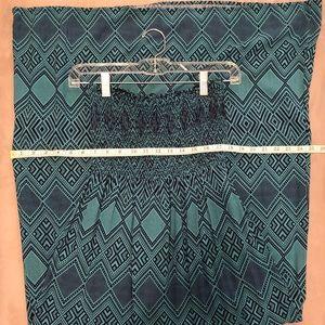 Forever 21 Dresses - Forever 21 Teal & Navy Print Maxi Dress